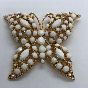 VTG Very Stylish Butterfly Brooch